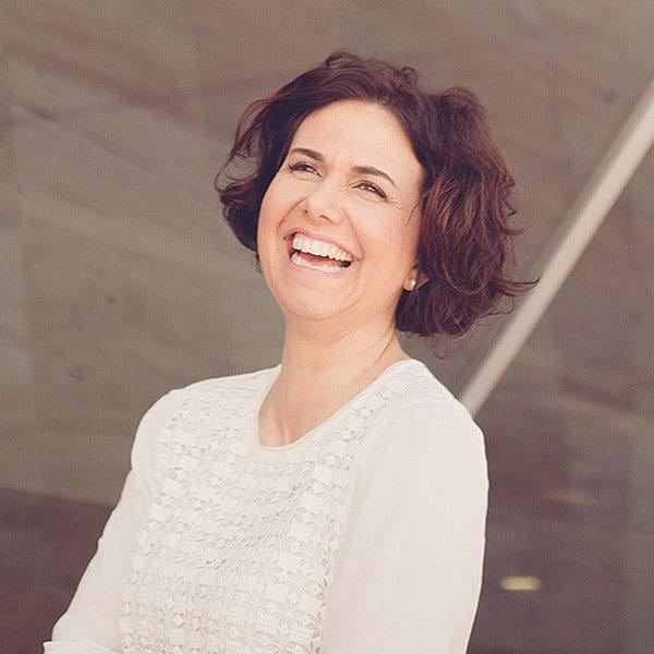 Lara Cunha